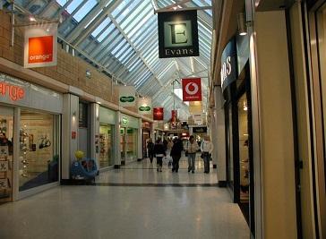 Deiniol Shopping Centre